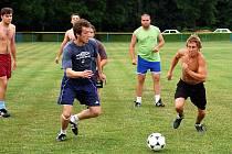 První trénink fotbalistů Nových Dvorů, 15. července 2010.