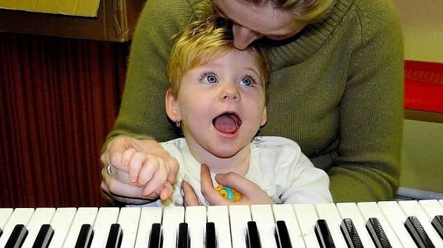 Součástí dne otevřených dveří ve Středisku rané péče bude i ukázka muzikoterapie
