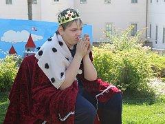 Pohádková Barbora pobavila malé diváky.