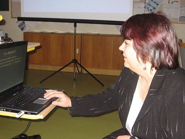 Funkci zástupkyně ředitele pro druhý stupeň vykonává na Základní škole Jana Palacha v Kutné Hoře Zdeňka Blahníková.