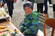 Nádvoří ratajského zámku ožilo jarmarkem.