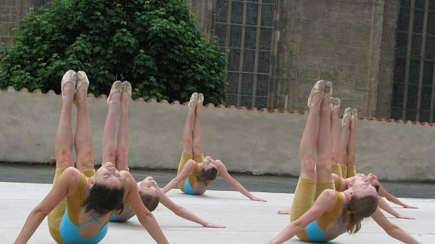 Celostátní přehlídka dětských skupin scénického tance v Kutné Hoře.