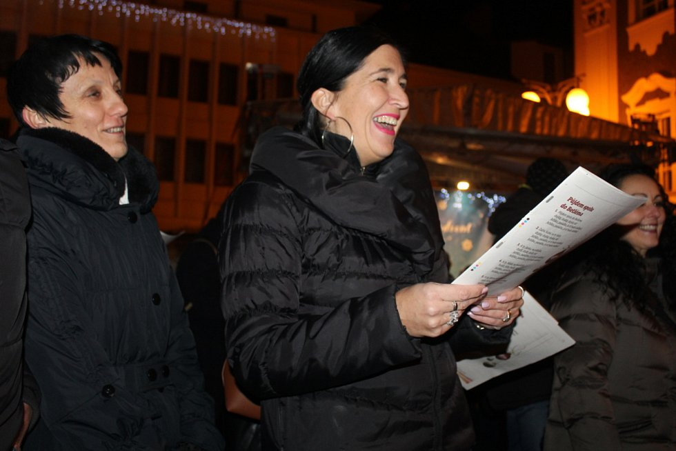 Z Česko zpívá koledy 2019 na Palackého náměstí v Kutné Hoře.