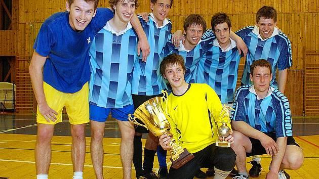 Tým Green Bar - vítěz ročníku 2009/2010 CD futsalové ligy.