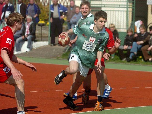 9. kolo SRL: Kutná Hora - Libčice n. V. 20:26, 17. dubna 2011.