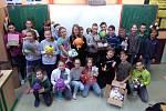 Žáci se zapojili do celorepublikové akce Krabice od bot.