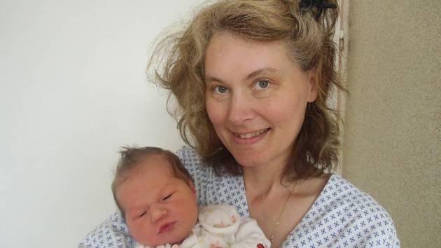 Kateřina Hájková se narodila 26. března v Čáslavi. Vážila 3700 gramů a měřila50 centimetrů. Doma na Klukách ji přivítala maminka Jaroslava.   01