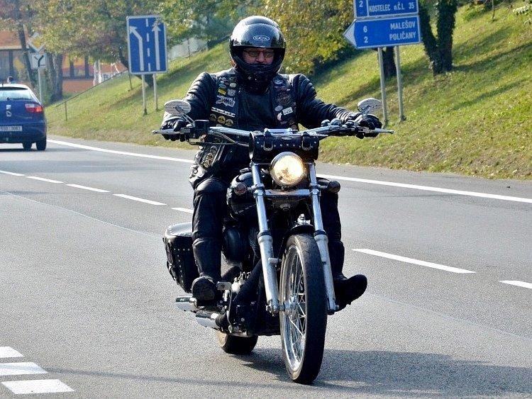 Podzimní jízda motorkářů - Kutná Hora říjen 2013