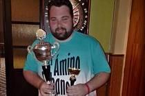 Adam Procházka se stal celkovým vítězem série hlízovských turnajů v šipkách