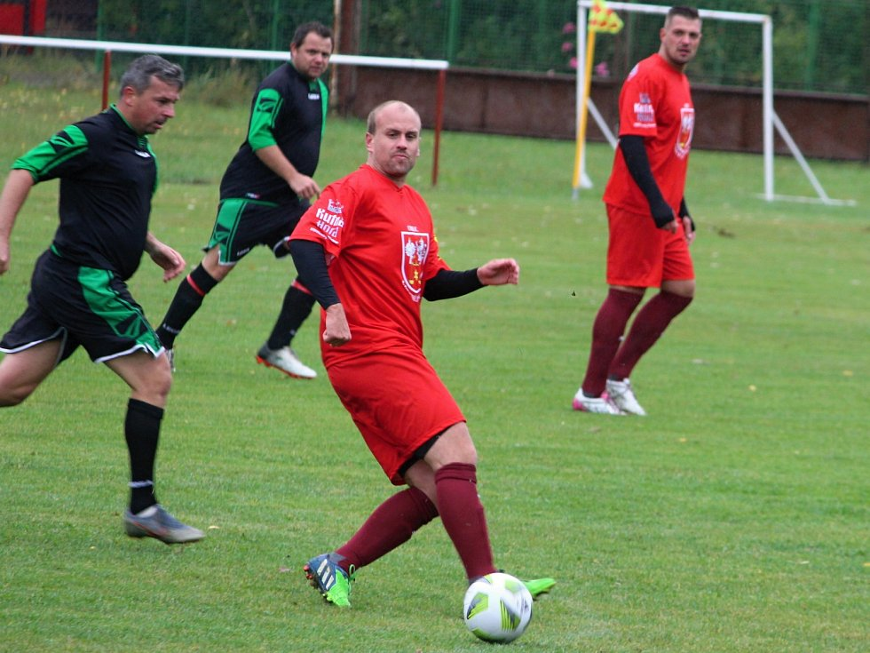 Fotbalová III. třída: TJ Sokol Červené Janovice - TJ Rataje nad Sázavou 3:0 (0:0).