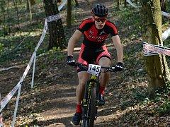 Kutnohorský cyklista Jakub Kavalír vyhrál Český pohár horských kol v kategorii Expert.