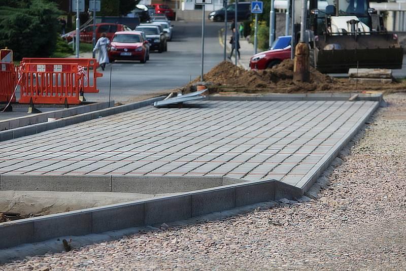Z výstavby nových parkovacích míst na sídlišti Šipší v Kutné Hoře.