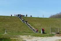 Kutnohorští turisté zahájili jarní sezonu túrou po předměstích.