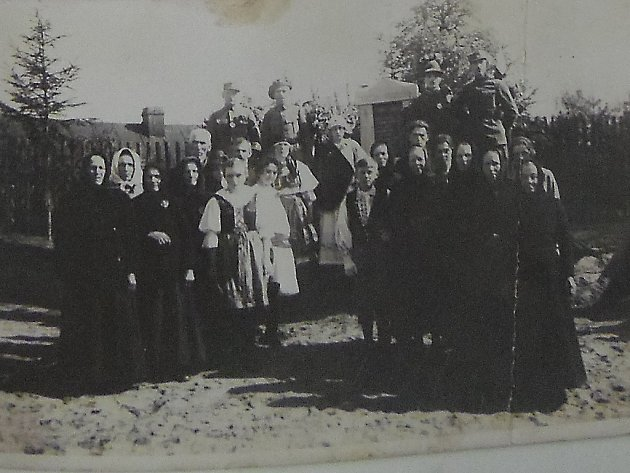 Fotografie z kroniky v Bernardově