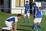 Osmé kolo fotbalového okresního přeboru: FK Kavalier Sázava B - TJ Sokol Červené Janovice 3:0 (1:0).