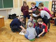 Základní školu Chotusice navštívili hasiči.