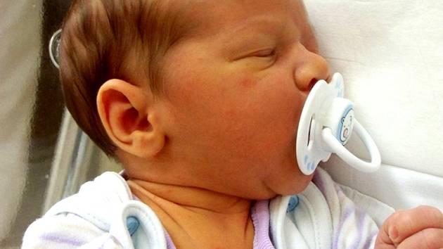 Kubík Kábele se narodil 19. června v Čáslavi. Vážil 3500 gramů a měřil 50 centimetrů. Doma v Běstvině ho přivítali maminka Jana a tatínek Ivan.