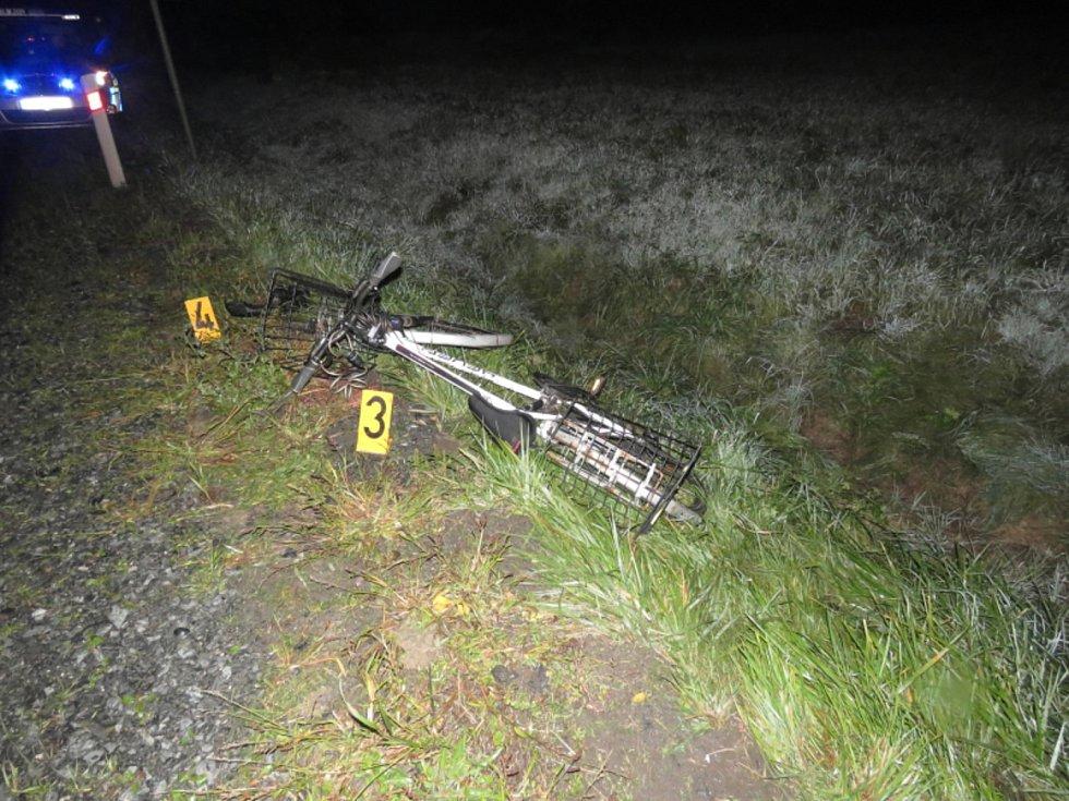 Policisté hledají svědky dopravní nehody.