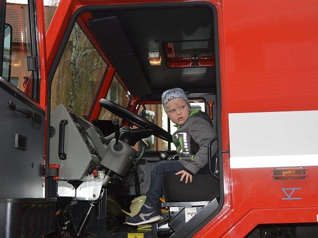 Den otevřených dveří se konal na čáslavské hasičské stanici.