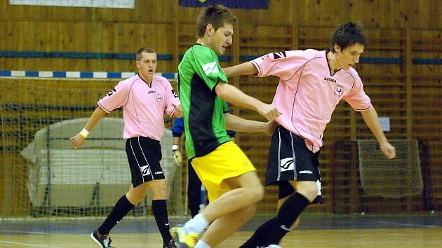 2. hrací den Club Deportivo futsalové ligy, 21. října 2010.