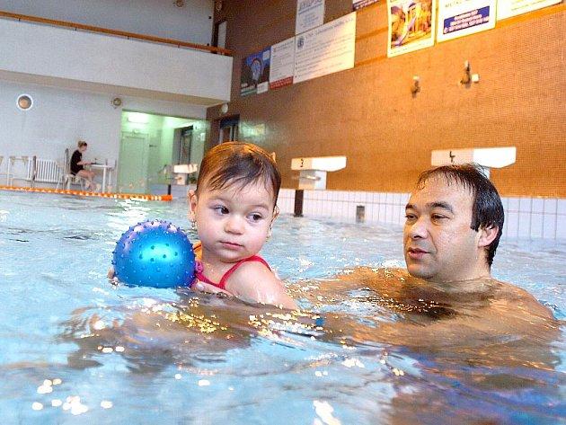 Plavání o vánočního kapra. 23. 12. 2010