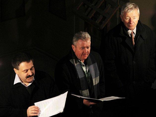 Rybovu Českou vánoční mši zazpívali členové Učitelského smíšeného pěveckého sboru Tyl na Štěpána v chrámu svaté Barbory.