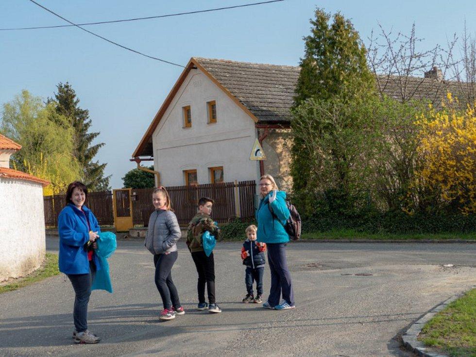 Z úklidu Solopysk a okolí.
