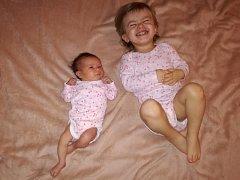 Kutná Hora má nového občánka. Je jím Ela Chmelová, která se poprvé rozkřičela v čáslavské porodnici 9. listopadu 2017. Po porodu vážila krásných 3220 gramů a měřila 49 centimetrů. Doma se z ní těší maminka Barbora, tatínek Miroslav a dvouletá sestřička Ro
