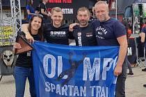 Spartani. Na snímku zleva Martina Fabiánová, Michal Pavlík, Richard Hrčkulák a Michal Kúkola (ředitel Spartan CZ).
