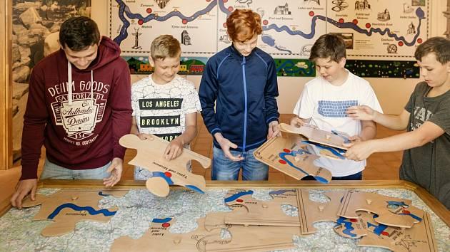 Interaktivní expozice Příběh řeky Sázavy v areálu Zámku Zruč nad Sázavou