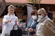 Do Zruče nad Sázavou se vrátily farmářské trhy.