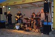 Kapela Trampoty hrála u Bohdanky.