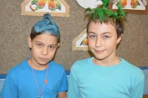 Děti přišly do školy v bláznivých účesech