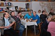 Sbor dobrovolných hasičů v Ratajích nad Sázavou uspořádal v pátek 29. března tradiční Hasičský bál.