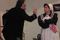 Z ochotnického divadelního představení Doktor Kalous ve Svatém Mikuláši.