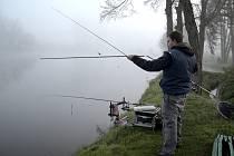 U Nového rybníka ve Zbraslavicích se konaly rybářské závody.