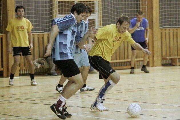 Futsal: 3. kolo Futsal liga Restaurace Na Valech, čtvrtek 13. listopadu 2008