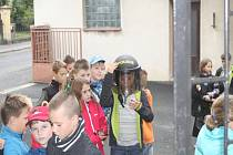Děti navštívily policejní oddělení v Uhlířských Janovicích.