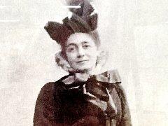 Hraběnka Emma von Schebek ze Zruče nad Sázavou pomáhala ve vídeňském lazaretu