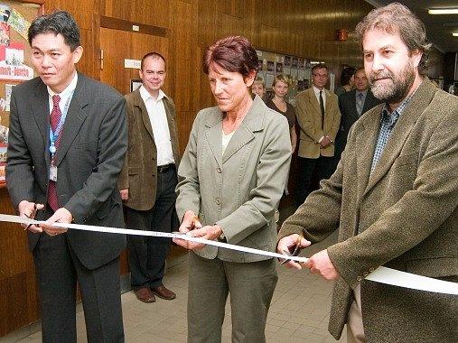 Bezbariérový pavilon byl slavnostně otevřen na Základní škole Jana Palacha.