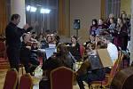 Z vánočního koncertu v podobě České mše vánoční v malém sále Hotelu Zruč.
