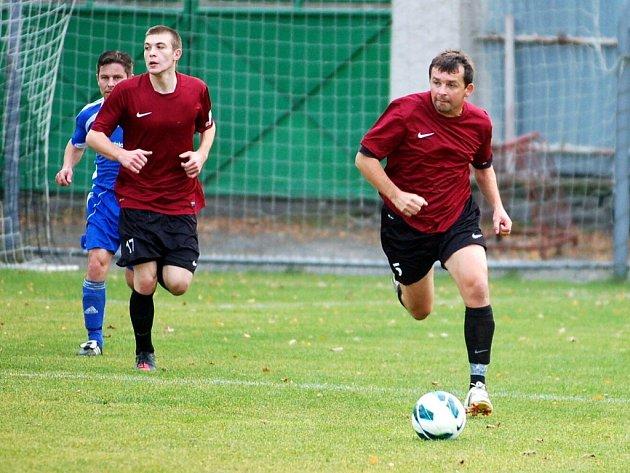 Dohrávka 7. kola okresního přeboru: U. Janovice B - Zbraslavice 2:1, 18. října 2012.