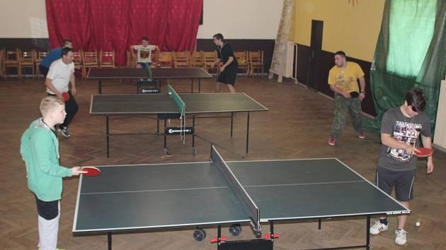 Velikonoční turnaj ve stolním tenise v Potěhách