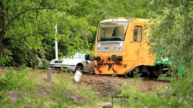 Vlaková nehoda u kutnohorské zastávky