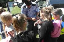 Policisté si pro děti připravili poučné rady z oblasti dopravy a mezilidských vztahů.