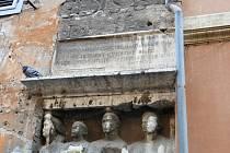 Z cesty z Čáslavi do Říma po stopách tajemné nemoci 'Syndromu K'.