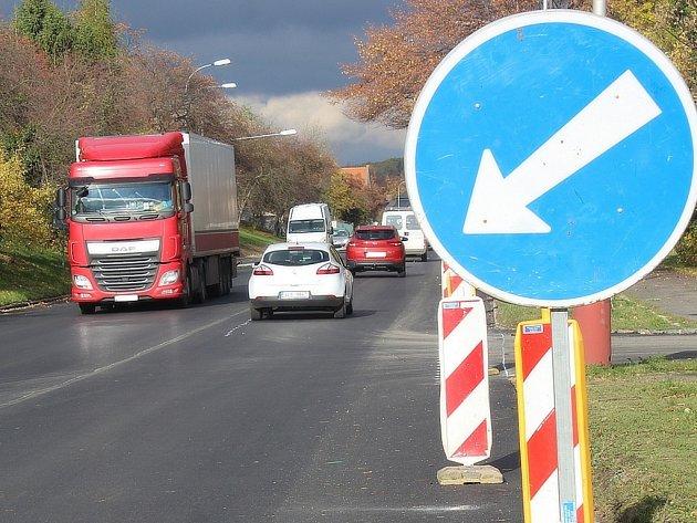 Silnice Na Valech v Kutné Hoře je opět průjezdná