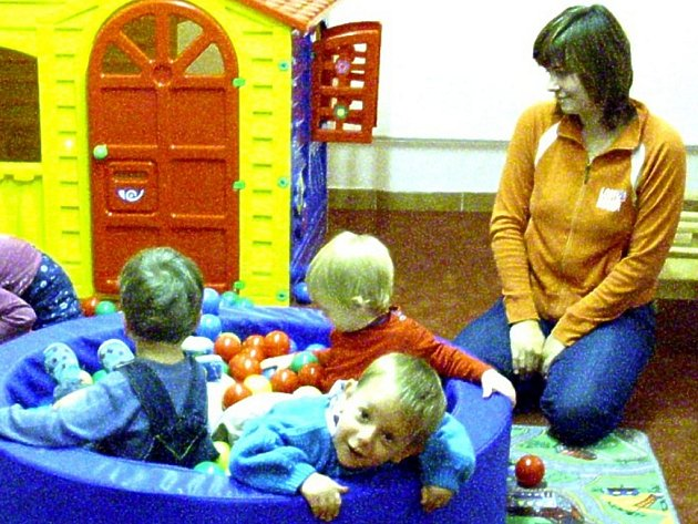 Součástí Mateřského centra Kopretina je také výborně vybavená herna pro děti.