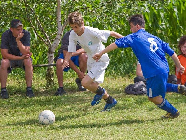 Fotbalový turnaj v Močovicích na Cihelně