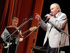 Z oslavy 85. narozenin Miroslava Jiřišty v kutnohorském Tylově divadle